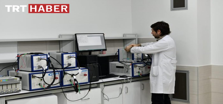SARGEM Lityum İyon Pil Geliştirme Uygulama Laboratuvarı araştırmacısı Dr. Mahmud TOKUR'un Horizon 2020 kapsamında desteklenmeye hak kazanan projesi ile ilgili TRT Haber'de yer alan haber